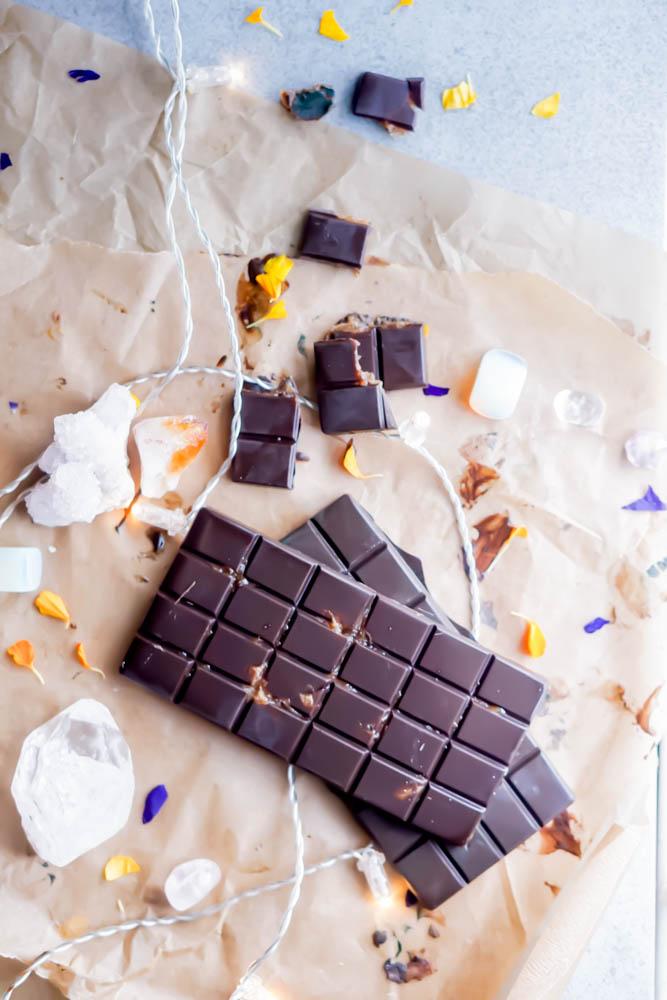 sugar free freezer raw chocolate bar