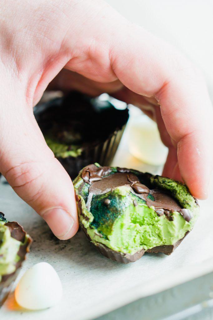 mini avocado grasshopper pies