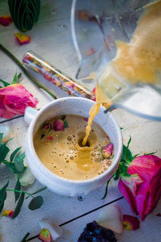 Rose Cacao Herbal Coffee Love Latte