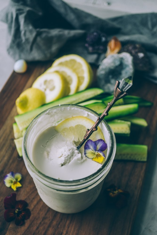 Probiotic Rich Vegan Sour Cream