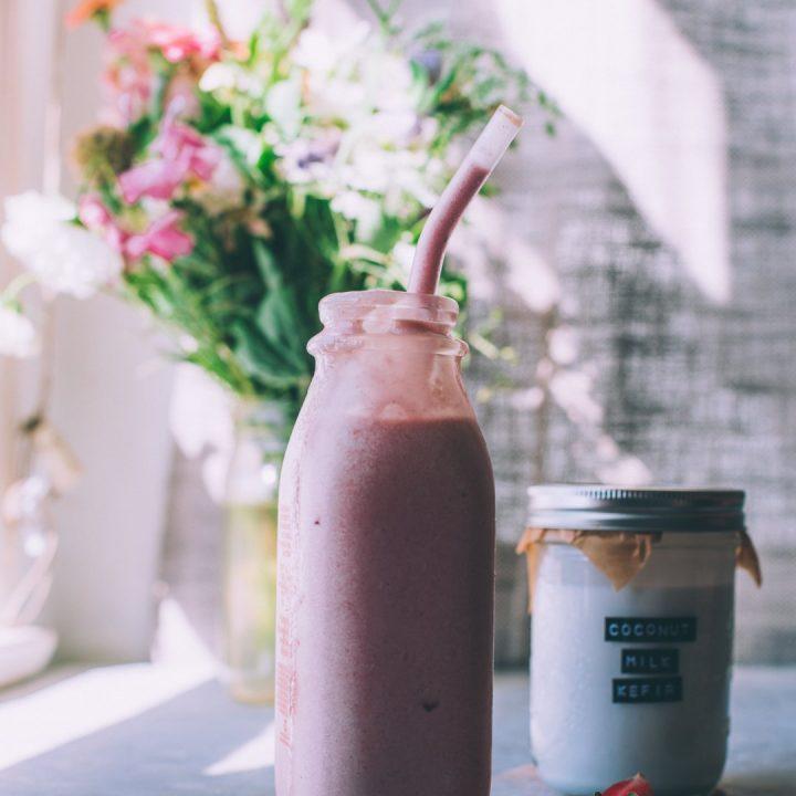 Strawberry Coconut Kefir Smoothie Recipe