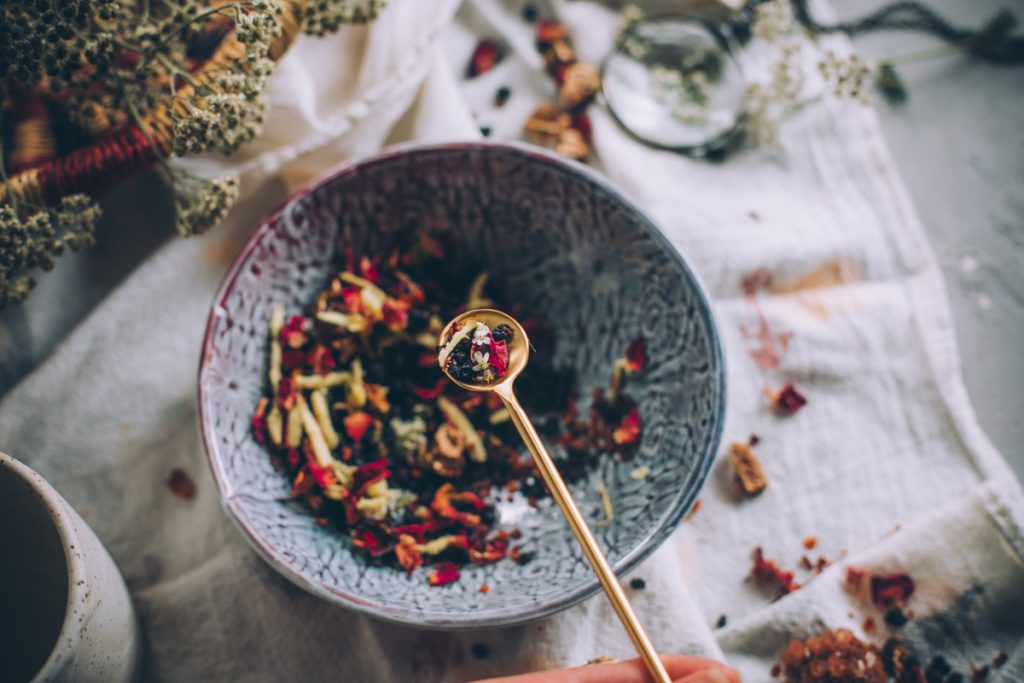 A small scoop of the winter tea recipe ingredients.